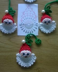 Image detail for -Santa Crochet Doily Centrinho Papai Noel 4 pinkrosecrochet. Crochet Christmas Decorations, Crochet Ornaments, Christmas Crochet Patterns, Holiday Crochet, Crochet Snowflakes, Santa Ornaments, Crochet Crafts, Crochet Projects, Christmas Applique