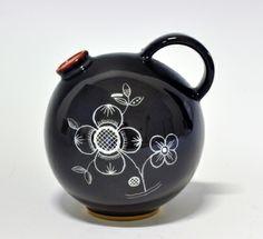 Krukke.Nora Gulbrandsen Nordic Design, Modern Classic, Norway, Scandinavian, Tea Pots, Neutral, Art Deco, Porcelain, Museum
