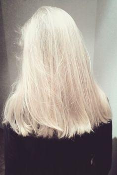 Seamless Creamy White Blonde Hair Platinum Blonde From Root Olaplex Bleached Hair Healthy Hair Tips Healthy Blonde Hair, Healthy Hair Tips, White Blonde Hair, Platinum Blonde Hair, Pastel Blonde, Blonde Roots, Bleach Blonde Hair With Roots, Bleached Hair, Hair Looks