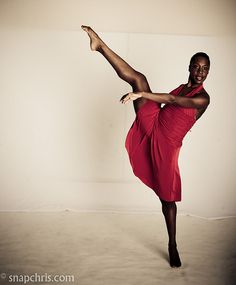 pretty African American Ballet dancer