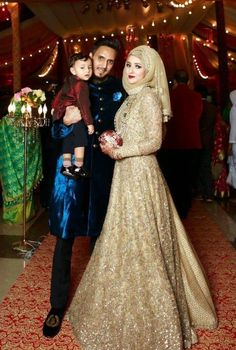 Weddings Discover Golden gown with hijab Wedding Hijab Styles Walima Dress Pakistani Bridal Dresses Pakistani Wedding Dresses Wedding Gowns Muslim Fashion Hijab Fashion Fashion Fashion Hijab Gown Wedding Hijab Styles, Muslim Dress, Pakistani Bridal Dresses, Pakistani Wedding Dresses, Pakistani Dress Design, Wedding Gowns, Hijab Gown, Hijab Style Dress, Walima Dress