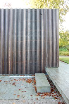 Weathered timber battens for shadow and light Timber Battens, Timber Screens, Timber Cladding, Landscape Elements, Landscape Architecture, Interior Architecture, Fence Design, Garden Design, House Design