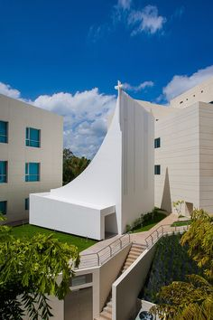 Image 1 of 31 from gallery of Holy Ghost Chapel / Ricci Architetti Studio. Photograph by Carlos Berrios