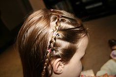 cute website with tutorials for the girls' hair
