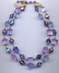 A beautiful 2strand vintage Vendome necklace lucite by RNEVE