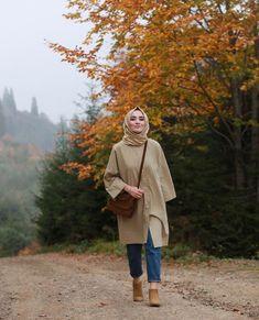 Chic Ways to Wear Tunic For Hijab Outfit Tesettür Mayo Şort Modelleri 2020 Hijab Casual, Simple Hijab, Hijab Chic, Dress Casual, Modern Hijab Fashion, Street Hijab Fashion, Hijab Fashion Inspiration, Muslim Fashion, Modele Hijab