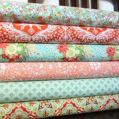 Makes me want to perfect my sewing skills with these fabrics