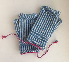Halvar - Twined Mitts by Malin Nilsson. Inspiration: The twined stitch pattern