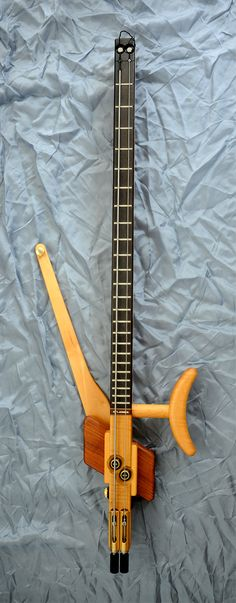 ATLANSIA DUALIST 2-STRING BASS If they made a four string I would be all over that