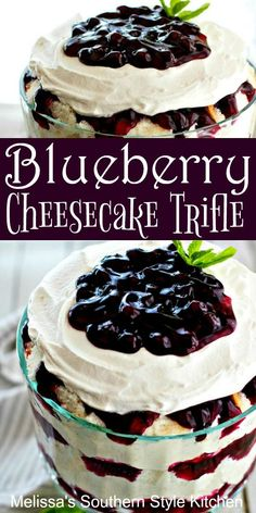 Stunning and simple to make, this Easy Blueberry Cheesecake Trifle is an edible centerpiece to add to your trifle recipe collection. Mini Desserts, Köstliche Desserts, Delicious Desserts, Dessert Recipes, Chef Recipes, Cheesecake Trifle, Trifle Pudding, Cheesecake Recipes, Banana Pudding