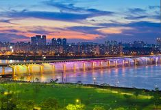 Rainbow Fountain Bridge - Banpo Bridge