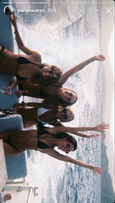 Summer Dream, Summer Girls, Summer Time, Colorfull Wallpaper, Surf, Summer Feeling, Summer Photos, How To Pose, Teenage Dream