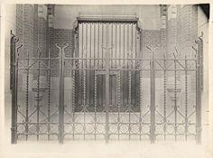 Dating wrought iron gates