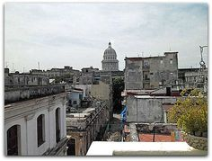 Vista de La Habana desde uno de los balcones. Cuba, Street View, Art Museum, Havana, Balconies, Walks, Parks, Cities