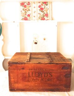 Items similar to Antique Shipping Crate 1910 Lloyd's London Dry Distilled Gin New England Distiller's Inc. on Etsy Caravan Home, London Dry Gin, Shipping Crates, Purple Glass, Large Furniture, Cottage Chic, Vintage Wood, Glass Bottles, Flask