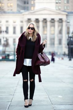 Burgundy Mood - Found on Brooklyn Blonde. Brooklyn Blonde, Cute Winter Outfits, Blonde Women, White Outfits, Autumn Winter Fashion, Winter Style, Fall Winter, Winter Chic, Distressed Denim