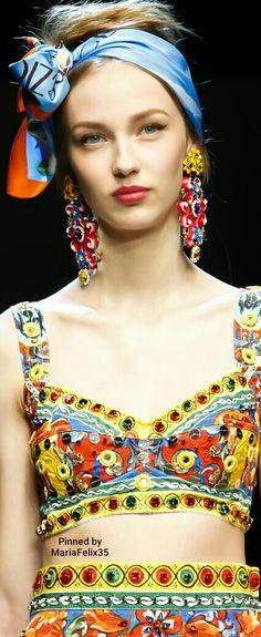 Dolce & Gabbana Spring 2016 Details
