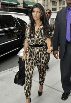 Kardashian and leopard print.. no words can describe...