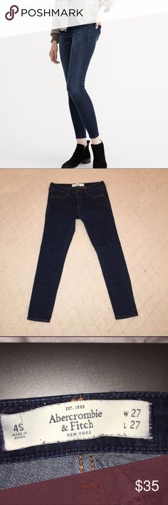 Abercrombie & Fitch Jean Leggings Size 4S These jeans leggings are comfortable, cute, and go with everything. They can be dressed up or down no matter how you like it. Size four short, worn a few times. Abercrombie & Fitch Jeans Skinny