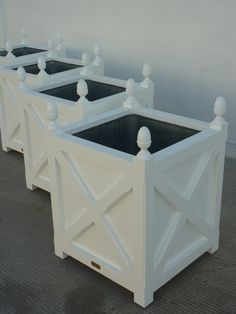 Our cross planters, white color. I need this to for my dwarf Blood Orange tree