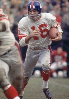Frank Gifford New York Giants 1952-64. HOF Class '77.