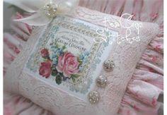 Paris Label~Pink Roses~PETITE VINTAGE IMAGE PILLOW~Perfumed Soap~Victorian Chic