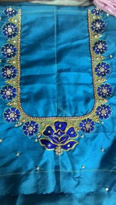 Embroidery Neck Designs, Embroidery Suits Design, Embroidery Works, Simple Blouse Designs, Blouse Designs Silk, Bridal Blouse Designs, Hand Designs, Flower Designs, Maggam Work Designs