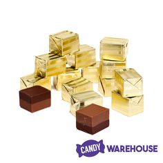 Just found Gold Foiled Figaro Chocolate Hazelnut Truffles: Box Thanks for the Chocolate Hazelnut, Chocolate Box, Chocolate Truffles, Delicious Chocolate, Bling Candy Buffet, Gold Candy, Wholesale Candy, Types Of Candy, Candy Store