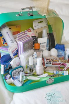 #DIYwedding ~ How to build your very own 'Bridal Emergency Kit' - be prepared on your wedding day! Would also be a great gift for a bride!