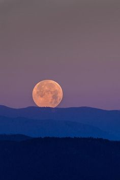 Rockies Super Moon, by Brad McDowell, on 500px.