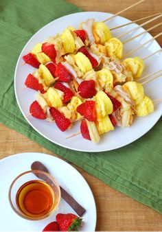 Mami Talks™: Breakfast Skewers: These are simple and delicious. Also very different. Definitely going to try this!