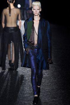 Haider Ackermann Spring 2014 RTW. #HaiderAckermann #Spring2014 #PFW cobalt blue. crosshatch weave outerwear. robe-like outerwear. silk. metallic jeans.