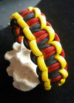 Armbänder - JuLimone - EM-Fan-Armband - ein Designerstück von Patikreli bei DaWanda