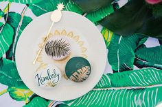Photography : Felicia Lasala Read More on SMP: http://www.stylemepretty.com/living/2015/06/07/aloha-themed-bridal-shower/