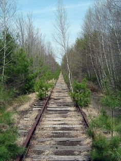 Abandoned Line by Just Us 3, via Flickr