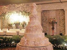 7 Katlı Düğün Pastası Fiyatları, Örnekleri ve Modelleri