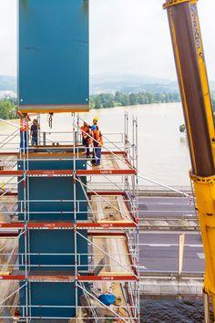 SOLID architecture ZT GmbH - VOEST Donaubrücke A7 Bypassbrücken Linz - Danube Bridges - Foto: Mike Wolf