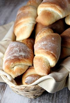 Homemade Crescent Dinner Rolls #recipe