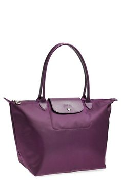 Beautiful Longchamp tote http://rstyle.me/n/pw8jrnyg6