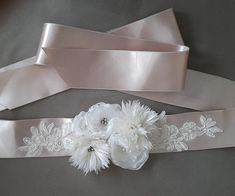 Baby Shower Sash Mommy to Be Sash bridal belt ivory satin champagne satin,handmade flowers,wedding belt,Wing, Long Waist. Bride Belt, Bridal Sash Belt, Wedding Gloves, Wedding Belts, The Wedding Date, Free Wedding, Baby Shower Sash, Flower Belt, Bride Accessories