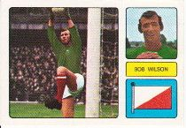 013 - Bob Wilson (Arsenal) - English born but Scottish capped goalkeeper on two occasions. Was on the books of Wolves once but turned to the paids ranks with Arsenal after a spell as an amateur in March Recovered from injury in Ht. Arsenal Football, Football Fans, British Football, Soccer Stars, Goalkeeper, Wonders Of The World, Bobby, Baseball Cards, Sports