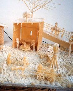 Presepe fai-da-te con la pasta: http://www.regalinatale.net/presepe-di-pasta/