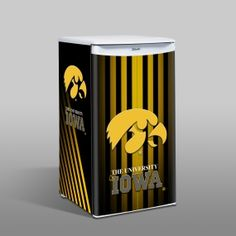 1000 images about hawkeye fan cave decor on pinterest for Iowa hawkeye decor