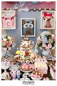 Owl Party. Super cute... too bad I dont have the time, talent or money to do Emma's party as detailed as this one
