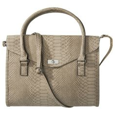 111b9c9ba0d4 Love this carry all bag Affordable Work Clothes