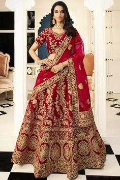 Online shopping for indian lehenga choli in different designs, styles, colors and fabrics. Order this genius red lehenga choli. Lehenga Choli Designs, Ghagra Choli, Simple Lehenga Choli, Lehenga Dupatta, Lehenga Choli Online, Bridal Lehenga Choli, Silk Lehenga, Lehenga Wedding, Rohit Bal