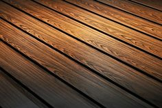 Blachy trapezowe T8 to idealna stalowa podsufitka dachowa. Nie wymaga konserwacji, jest odporna na wahania temperatury oraz oddziaływanie promieni UV.