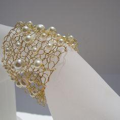 Bracciale oro / oro bracciale perla avorio / di lapisbeach su Etsy