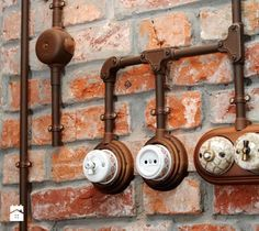 Urban Industrial Decor Tips From The Pros Have you been thinking about making changes to your home? Industrial Interiors, Industrial House, Rustic Industrial, Ideas Cabaña, Cafe Design, House Design, Brick Cottage, Urban Loft, Home Technology