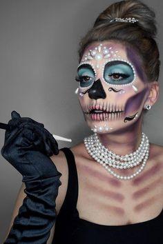 Halloween Makeup Sugar Skull, Amazing Halloween Makeup, Skull Makeup, Halloween Looks, Halloween Skull, Sugar Skull Make Up, Sugar Skull Costume, Dead Makeup, Scary Costumes